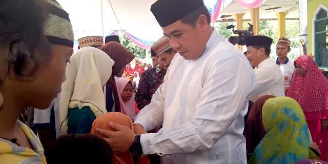 Bupati Pesawaran Hadiri Peringatan Isra' Mi'raj di Kedondong