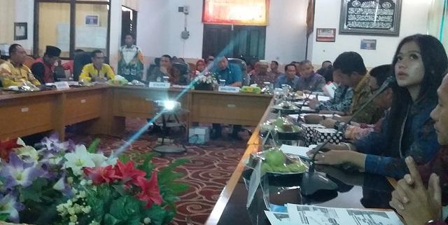 Bappeda Tanggamus Terima Rombongan Tim Penilai Pada Penilaian Tahap II PPD Provinsi Lampung