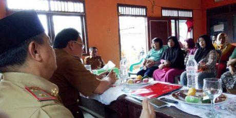 Sekda Samsir Dialog Terbuka Dengan Pedagang Pasar Sentral Kotabumi