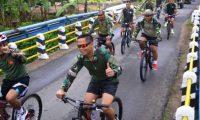 Brigif- 3 Mar Olahraga Bersama Prajurit Yonif- 9 Mar