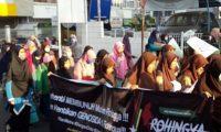 Warga Kota Metro Gelar Aksi Solidaritas Untuk Rohingya
