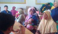 Ratusan Warga Tumijajar Terima Bantuan PKH