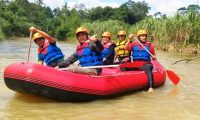 Bupati Parosil dan Wakilnya Coba Wisata Arung Jeram Way Besai