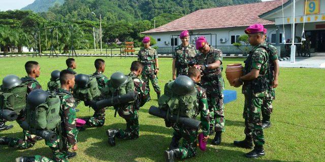 10 Prajurit Tamtama Remaja Perkuat Batalyon Infanteri-9 Marinir