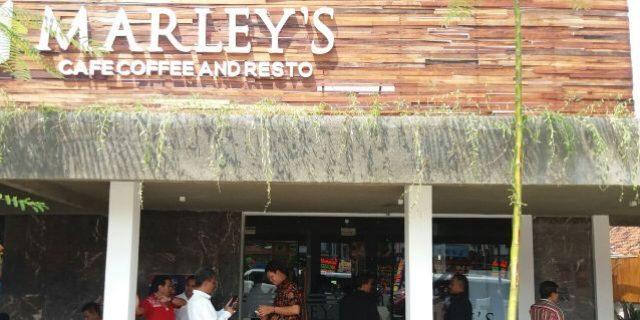 Marley's Cafe Tawarkan Tempat Nongkrong Dengan Suasana Beda