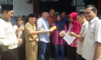 28 Ribuan Warga Lampung Tengah Terima PKH