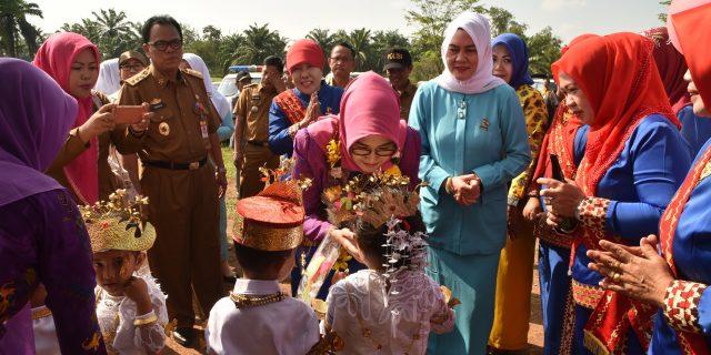 Bunda PAUD  Lampung Utara Hadiri Gebyar PAUD Di Abung Pekurun